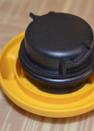 Крышка маслозаливной горловины AUTOMEGA 013006500103A, 650103