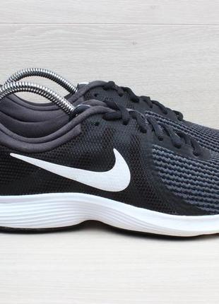 Спортивные кроссовки nike revolution оригинал, размер 40
