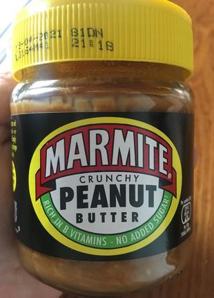 Marmite с арахисовой пастой