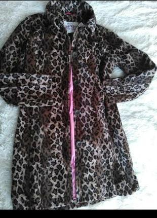 Пальто фирменное размер 44
