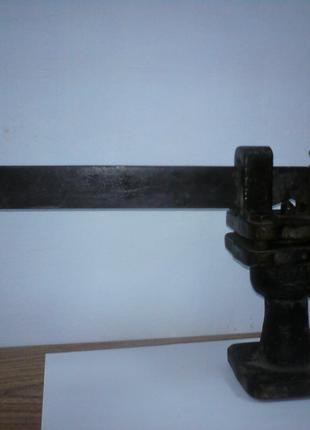 Запобіжний скидний клапан для систем опалення