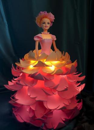 Необычный светильник - кукла
