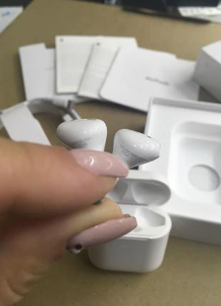 Apple Airpods 1 беспроводные наушники новые на гарантии