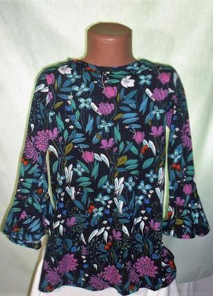 Платье в цветочный принт на 6лет