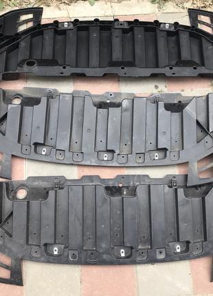 Защита переднего бампера нижняя Nissan Leaf 2018-2019 62663-5SA0A