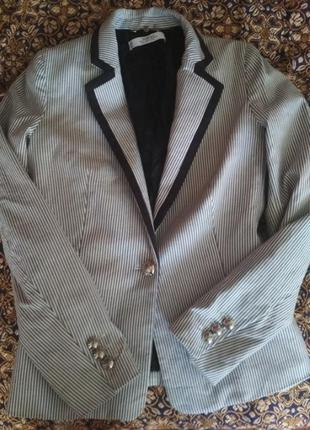 Пиджак женский Mango