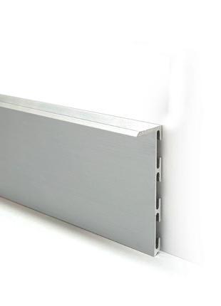 Алюминиевый плинтус скрытого монтажа