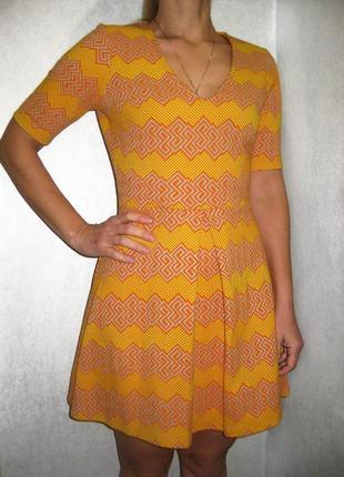 Платье asos орнамент узор оранжевое жёлтое фактурное