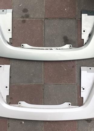 Накладка порта зарядки Nissan Leaf 2018-2019  62320-5SA1C