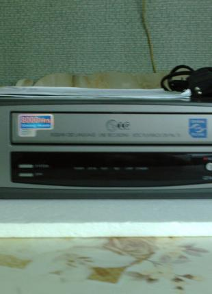 Видеомагнитофон LG модель/ L216.итог
