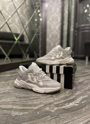Кроссовки adidas ozweego grey glitter