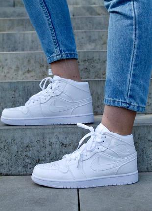 Кроссовки nike air jordan retro white