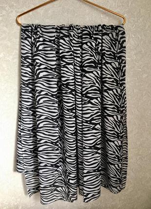 Потрясный шарф в принт зебра