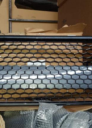 Решетка радиатора бампера  Toyota Corolla SE 2020 тойота королла