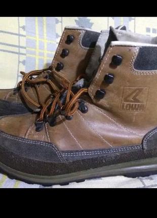Ботинки берцы Lowa