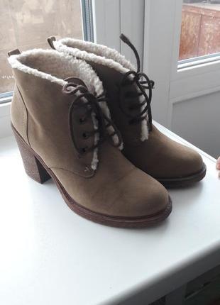 Ботинки fiore из эко замши каблук р.38