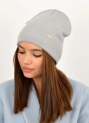 Модная женская шапка теплая на флисе хлопковая серая