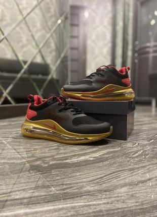 Nike air max 720 2020 black gold