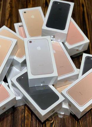 Продам нові iPhone 7 32 gb (Black, Rose Gold, Silver)