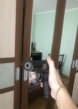 Пневматический пистолет макарова мр654к 32 серии