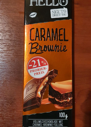 Шоколад с карамельным брауни Hello Lindt 100 г
