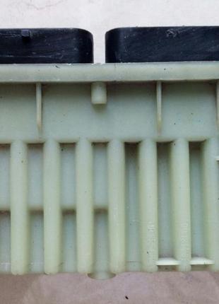 Блок управления вентиляторами Opel Astra G