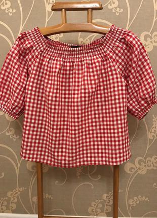 Очень красивая и стильная брендовая блузка в клетку..100% коттон.