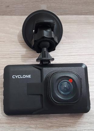 автомобильный видеорегистартор DVA-03