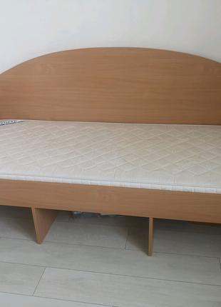 Кровать детская односпальная с матрасом