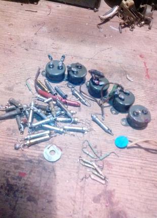 Терморезистори та фоторезистори