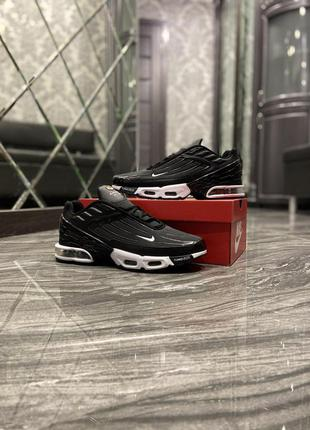 Nike air max plus 3 black
