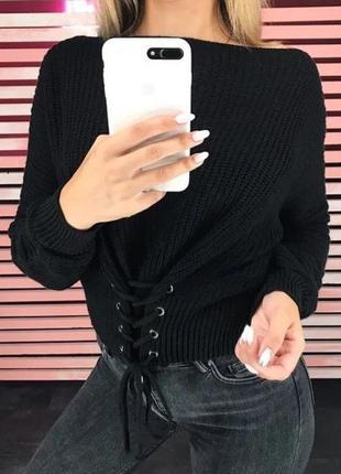Свитер со шнуровкой спереди черный