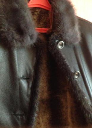 Пальто кожаное на меху , Италия