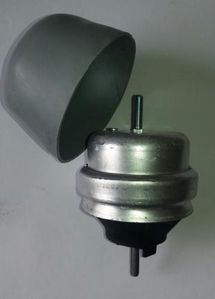 Подушка опора двигателя коробки Audi A4 A6 Passat B5 Ауди ауді дв