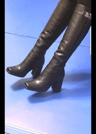 Сапоги зимние кожаные  высокие на меху.Натуральная кожа Италия