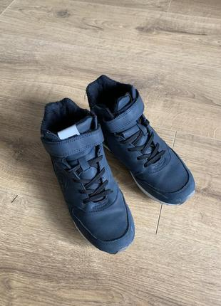 Демисезонные ботинки reserved размер 32-33, стелька 21.5 см