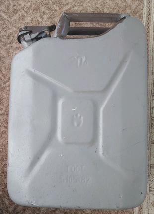 Канистра металлическая 20л б/у