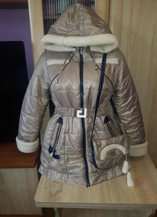 Зимняя куртка пуховик для девочки