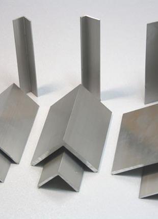 Алюминиевый уголок 25x25x1,5