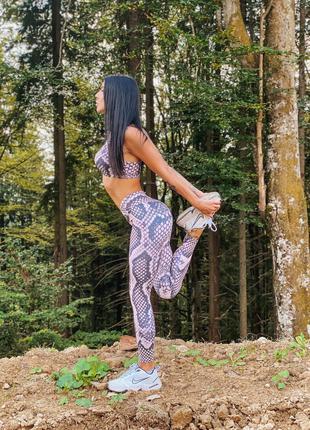 Женская одежда для фитнеса спортивный комплект Nude Snake