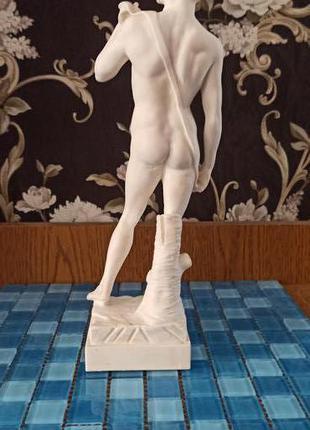Давид Микеланджело. Статуя