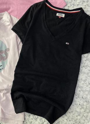 Хлопковая базовая футболка с логотипом tommy hilfiger