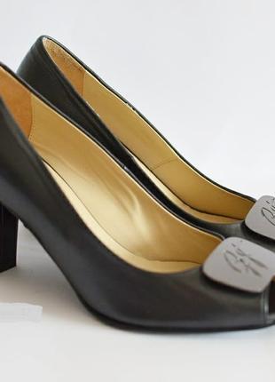 Кожаные туфли GIANNI FERRANTE Италия оригинал  37 новые