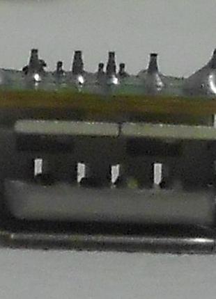 Контроллер USB (гнездо, разъём)