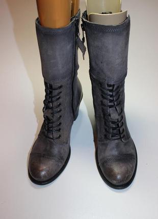 Шкіряні черевики на шнурках