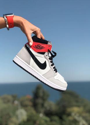 Кроссовки Nike Air Jordan Retro 1 Grey/Red