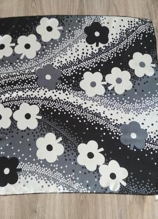 Красивый шелковый платок, 💯% шелк