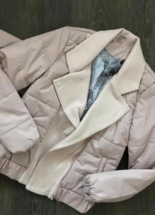 Стильная куртка на девочку подростка.