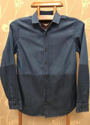 Очень красивая и стильная брендовая рубашка..100% коттон.