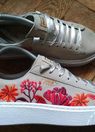 Замшевые кроссовки с вышивкой и лентой puma suede кожаные крос...